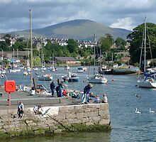 Caernarfon, Snowdonia, North Wales, UK, by AnnDixon