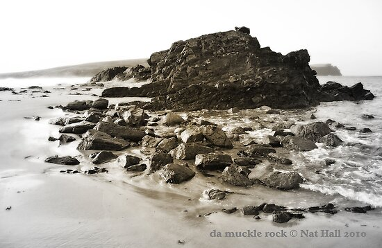 da muckle rock by NordicBlackbird