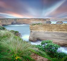 Great Ocean Road Sunrise by Shannon Rogers
