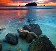 Motuotau Island Dawn Fan by Ken Wright