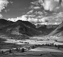 Oxendale & Mickleden 01 - The Lake District, England by Simon Lupton