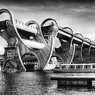 The Falkirk Wheel by Don Alexander Lumsden (Echo7)