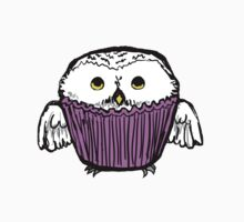 Snowy Owl Cupcake by Dominth
