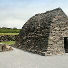 Gallarus Oratory, Dingle by CliveOnBeara