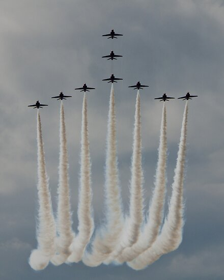 The Red Arrows by TheWalkerTouch
