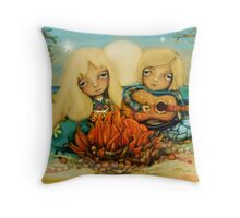 beach campfire Throw Pillow