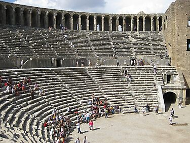 Roman amphitheatre in Turkey by machka