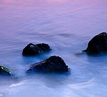 Stones in sea water by homydesign
