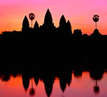 Angkor Wat at sunrise by ingojez