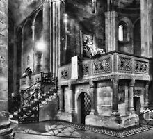 San Michele toward the altar by Roberto Pagani