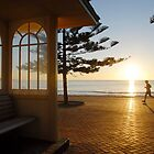 Sunrise in Manly by kelliejane