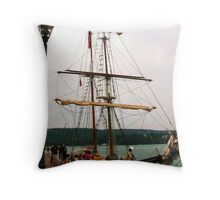 To The Black Pearl ~ Sans Jolly Roger Throw Pillow
