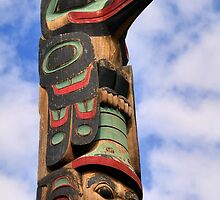 Totem Pole by Bob Hortman