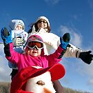 Ta Daa! Look at our snow man by AlMiller