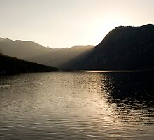 Alpine rays of light by Ian Middleton