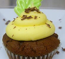 Lemon & Lime - Cupcake - NZ by AndreaEL