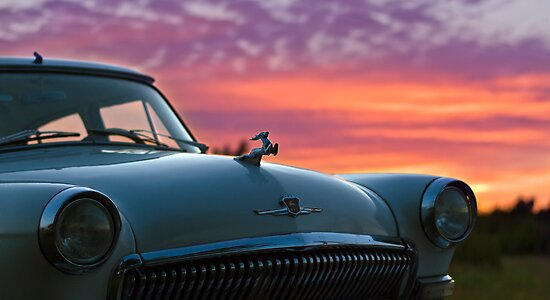 Car and the Light by tutulele