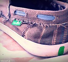 edited image of my Sanuk sandals by bsdetector