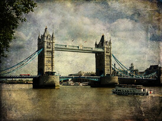 Tower Bridge by Lucinda Walter
