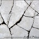 CRACK 02 by EstherLPolonio