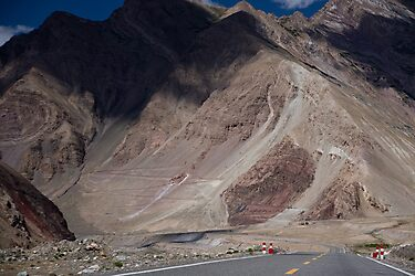 Karakoram Highway by Gillian Anderson LAPS, AFIAP
