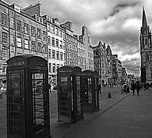 Edinburgh Princess Street by Birgit Van den Broeck