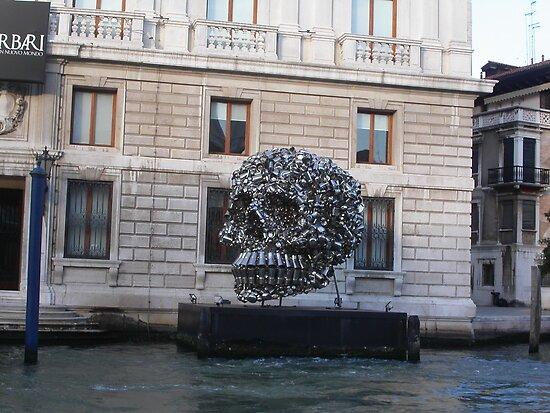 Lattine, barattoli....VENICE - ITALY - 2500 VISUALIZZAZ.MAGGIO 2013  --- VETRINA RB EXPLORA 4 SETTEMBRE 2012 --- by Guendalyn