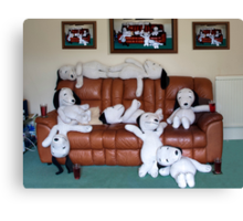 """Snoopy says """"It's A Dog's Life"""". Canvas Print"""