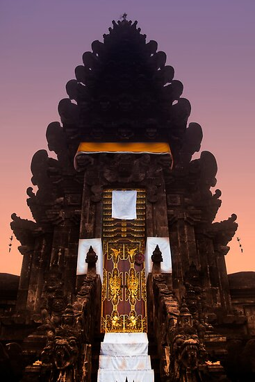 Hindu Temple, Kintamani by Chris Westinghouse