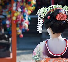 Geisha. Kyoto, Japan by Ian DeBow