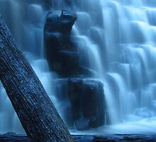 Mystical Dip Falls 2 by Paul Campbell  Photography