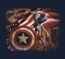 'Fuzzy & Red, White & Blue' (Grover / Captain America) T-Shirt