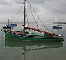 The Cockle Bawley, 'Endeavour'. by PhotogeniquE IPA