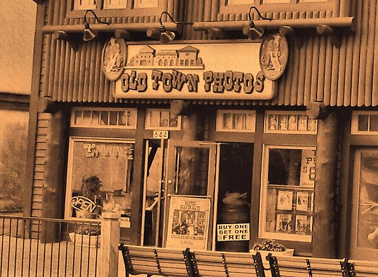Gatlinburg, Tennessee Series, #5... The Old Timey Photo Shop, 1st Picture by © Bob Hall