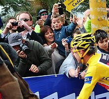Cadel Evans Wins the Tour De France by brendanscully