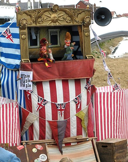 PUNCH AND JUDY SHOW by gothgirl