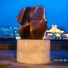 Sculpture: Henry Moore: Interlocking forms -(180511)- digital photo by paulramnora