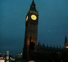 London: Famous Buildings: Big Ben -(270111)- Digital photo by paulramnora