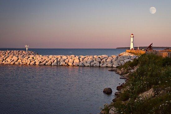 Mackinaw Pointe Evening by Jan Cartwright