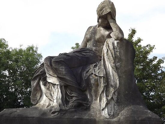 Norwood cemetary: Sculpture: Mournful Seated Woman -(220811a)- Digital photo by paulramnora