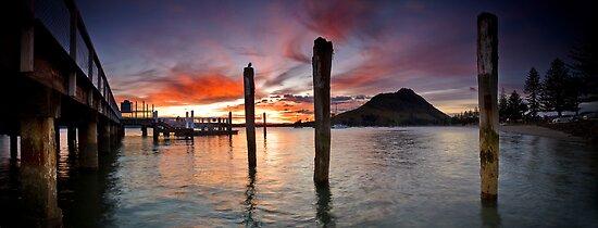 Salisbury Wharf Red Dusk by Ken Wright