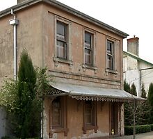 Old Post Office Ballan 201108191566 by Fred Mitchell