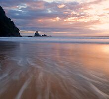 Te Karo Sunrise by Paul Mercer