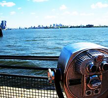 Looking at NYC by liv291