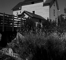 Thorp Grist Mill, Thorp, Washington by Harv Churchill