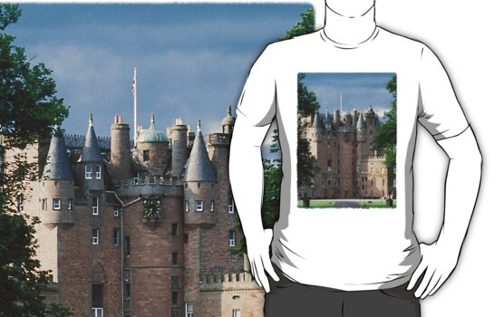 Glamis Castle by David Sanger