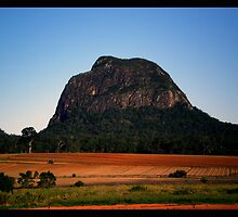 Mount Tibrogargan - Glasshouse Mountains by Donuts