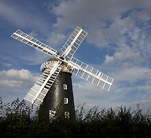 Pakenham Windmill, Suffolk. by BizziLizzy