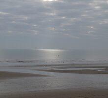 Dymchurch sea, sky and sun by raekin