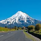 Mount Egmont ( Taranaki) New Zealand by yurix